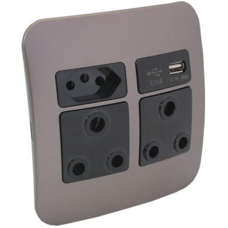 2 x RSA, 1 x RSA V-Slim and 1 x USB Charger Socket Outlet 1
